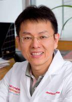 "<a href=""https://vivo.weill.cornell.edu/display/cwid-dig2009"">Ding Cheng Gao</a>"